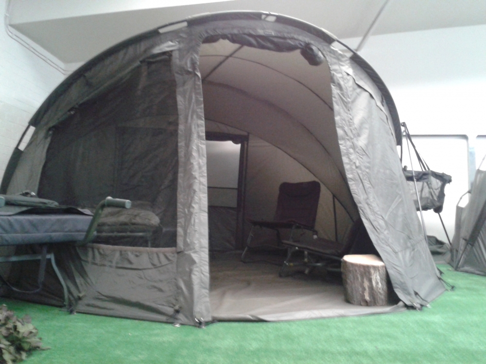 Fox Royale Xxl Bivvy 2 Man Bobco Tackle Leeds